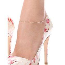 "<b>Mara Carrizo Scalise</b> Ball Chain Anklet, <a href=""http://www.shopbop.com/ball-chain-anklet-mara-carrizo/vp/v=1/1540090407.htm?folderID=2534374302024641&colorId=29109&extid=affprg_CJ_SB_US-1909792-ShopStyle.com-2178999"">$145</a>"