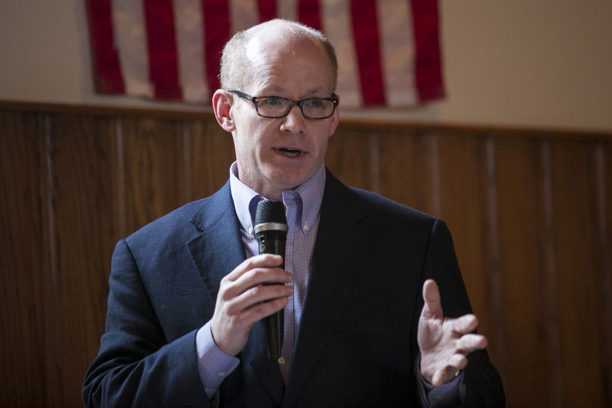 """State Sen. Don Harmon (pictured on March 27, 2017) hopes the bill can """"limit the problem"""" of opioid abuse in the state. 