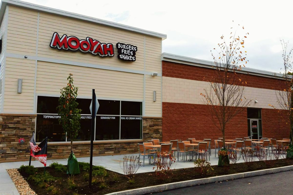 Mooyah Burgers in Northborough