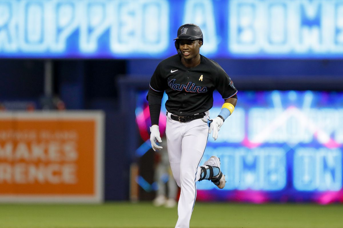 Jesus Sanchez #76 of the Miami Marlins circles the bases after hitting a two-run home run during the first inning against the Philadelphia Phillies at loanDepot park