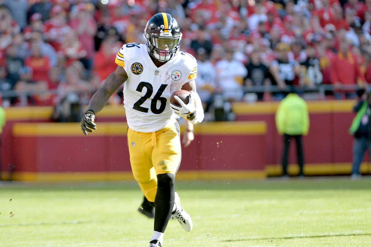 f52c62bea47 Steelers goal remains to give Le Veon Bell a long-term contract before franchise  tag deadline