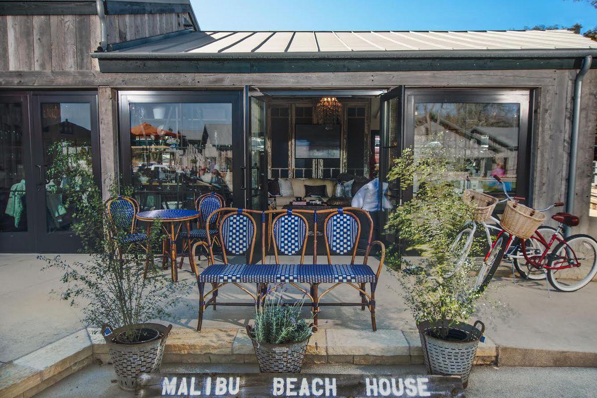 Image via Malibu Beach House