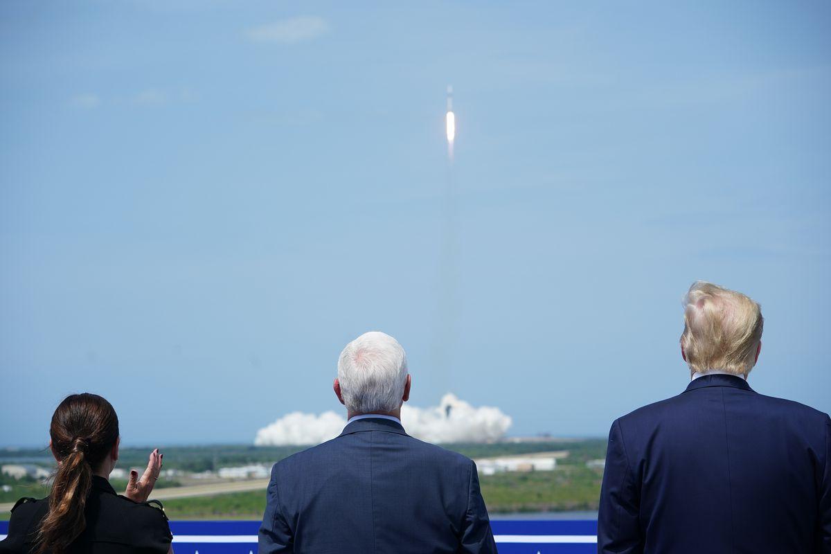 US-TRUMP-SPACE-NASA-SPACEX-AEROSPACE