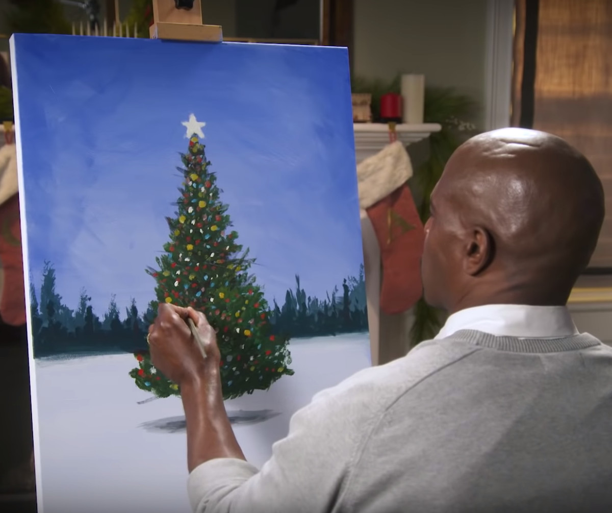 Terry Crews Painting A Tree Is The Only Thing That Matters This Christmas - EpicNews