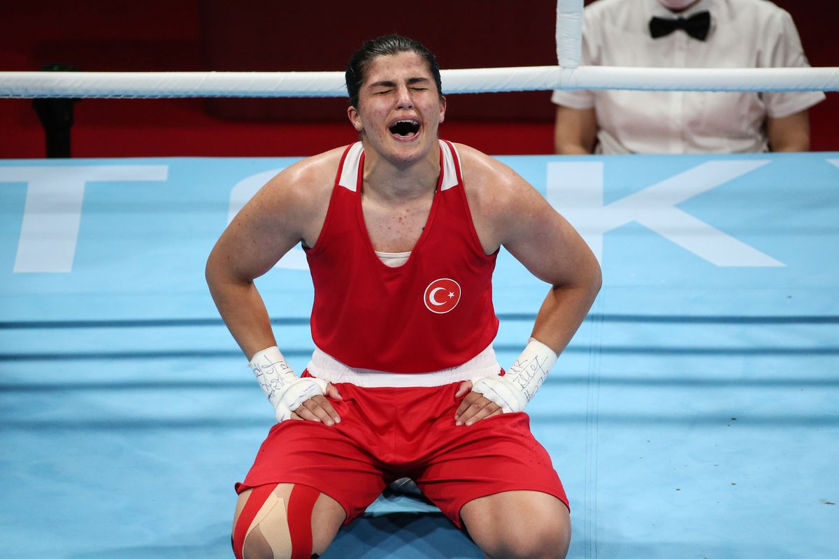 Busenaz Surmeneli of Turkey bags gold in women's welterweight final at Tokyo Olympics