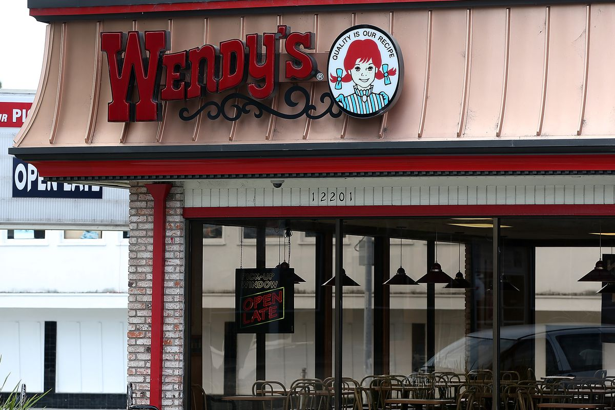 Open Class Action Lawsuits >> Wendy S Hit With Class Action Lawsuit Over Recent Credit Card Breach