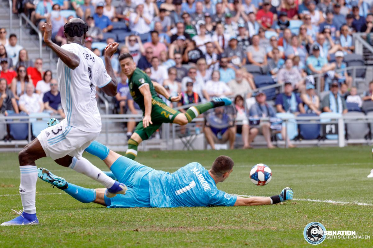 August 4, 2019 - Saint Paul, Minnesota, United States - Minnesota United goalkeeper Vito Mannone (1) makes a save in the first half during the match against Portland Timbers at Allianz Field.