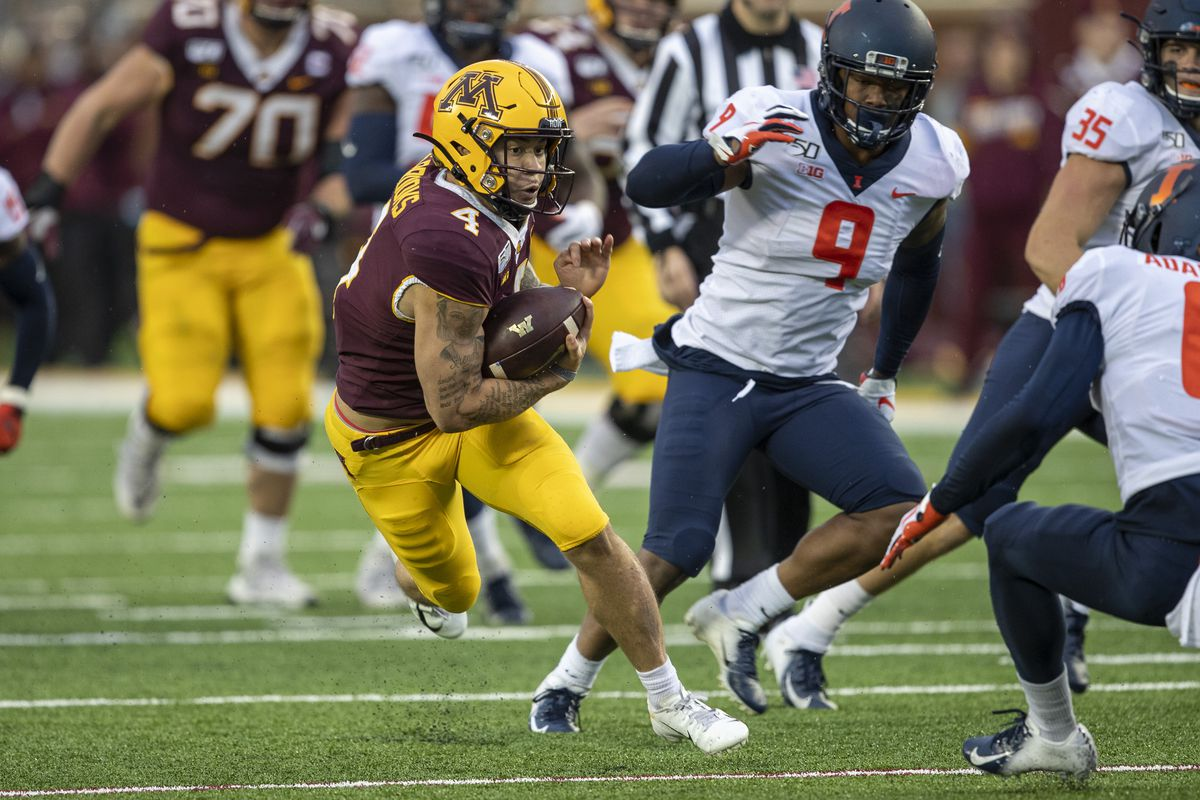 NCAA Football: Illinois at Minnesota