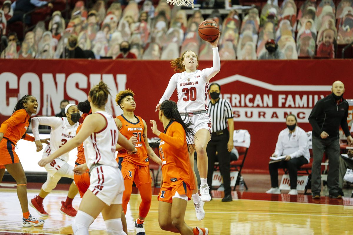 COLLEGE BASKETBALL: JAN 31 Women's Illinois at Wisconsin