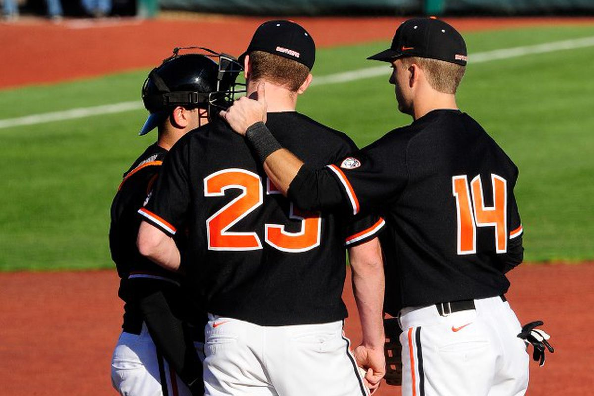 """""""These guys look like they are pretty good; what do you think we should throw to them?"""" - Oregon St. will face a significant upgrade in competition when they square off against Arizona this weekend to start the Pac-12 season."""