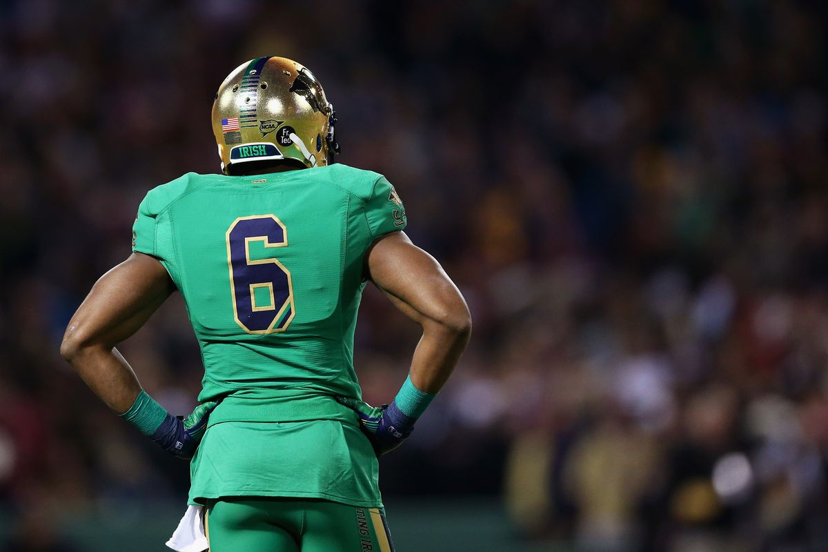 timeless design 74595 185c9 Will Notre Dame Will Wear Green Jerseys Against Florida ...