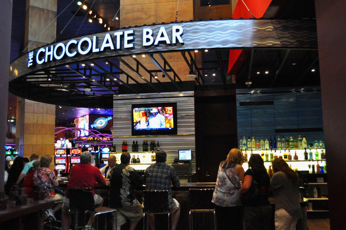 The Chocolate Bar at NY-NY Opens, Underwhelms - Eater Vegas