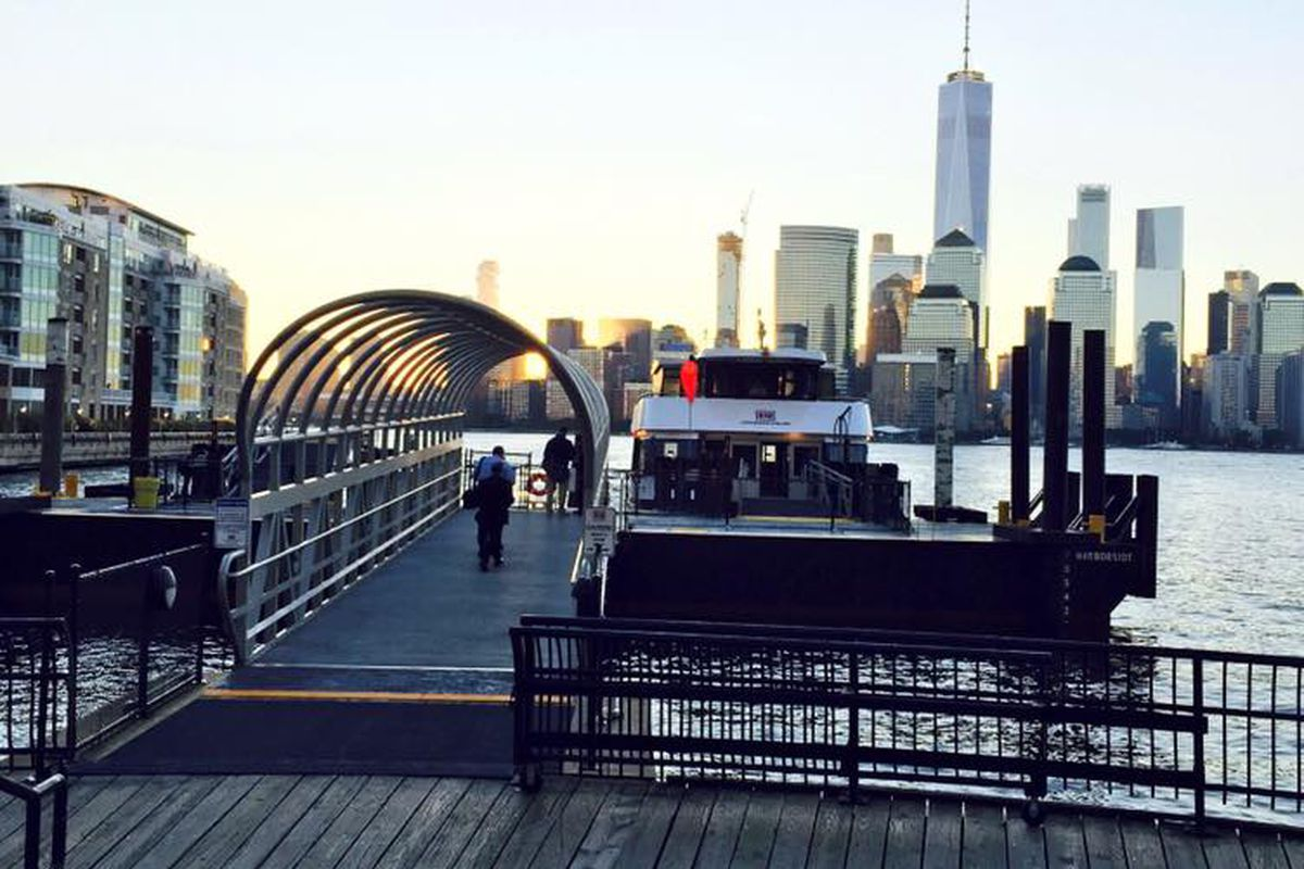 New ferry connects Jersey City to Lower Manhattan in six