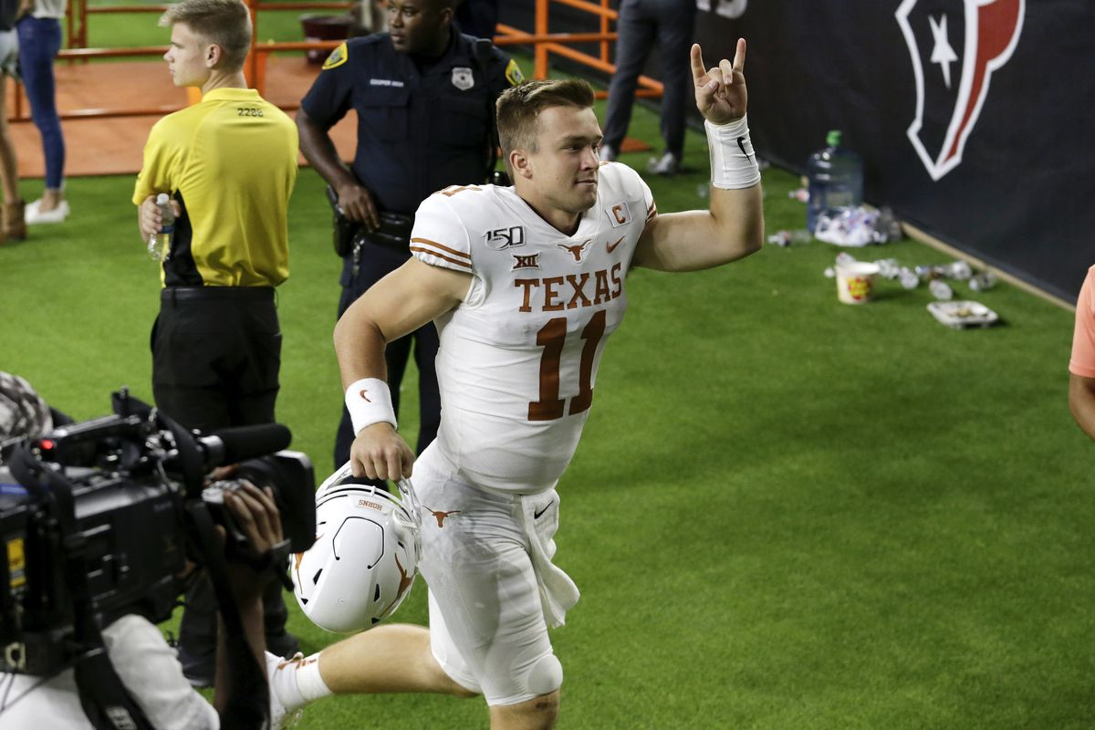 Sam Ehlinger quietly on pace for record-setting junior season
