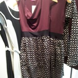 Retro-feeling bodycon dresses from Kelly Lane