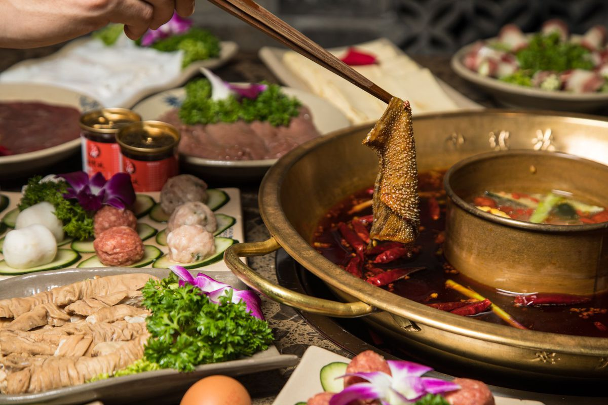Sichuan Hot Pot Powerhouse From China to Open First U.S. Location in LA -  Eater LA