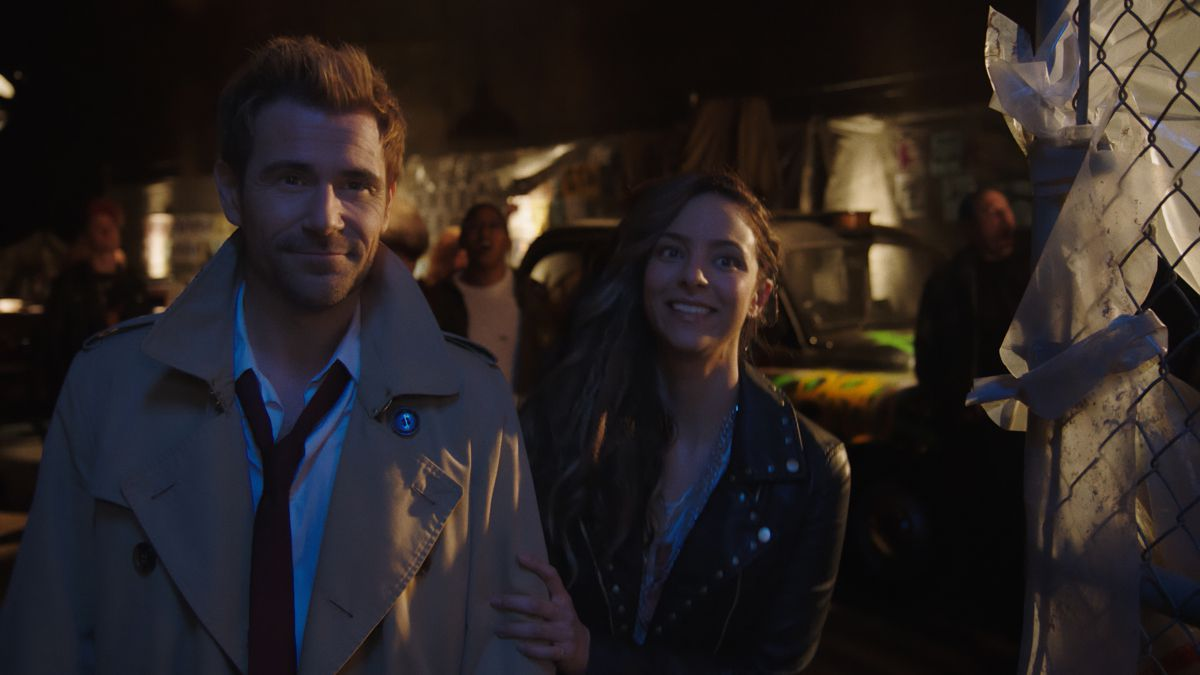 Matt Ryan as Constantine and Tala Ashe as Zari Tarazi in Legends of Tomorrow