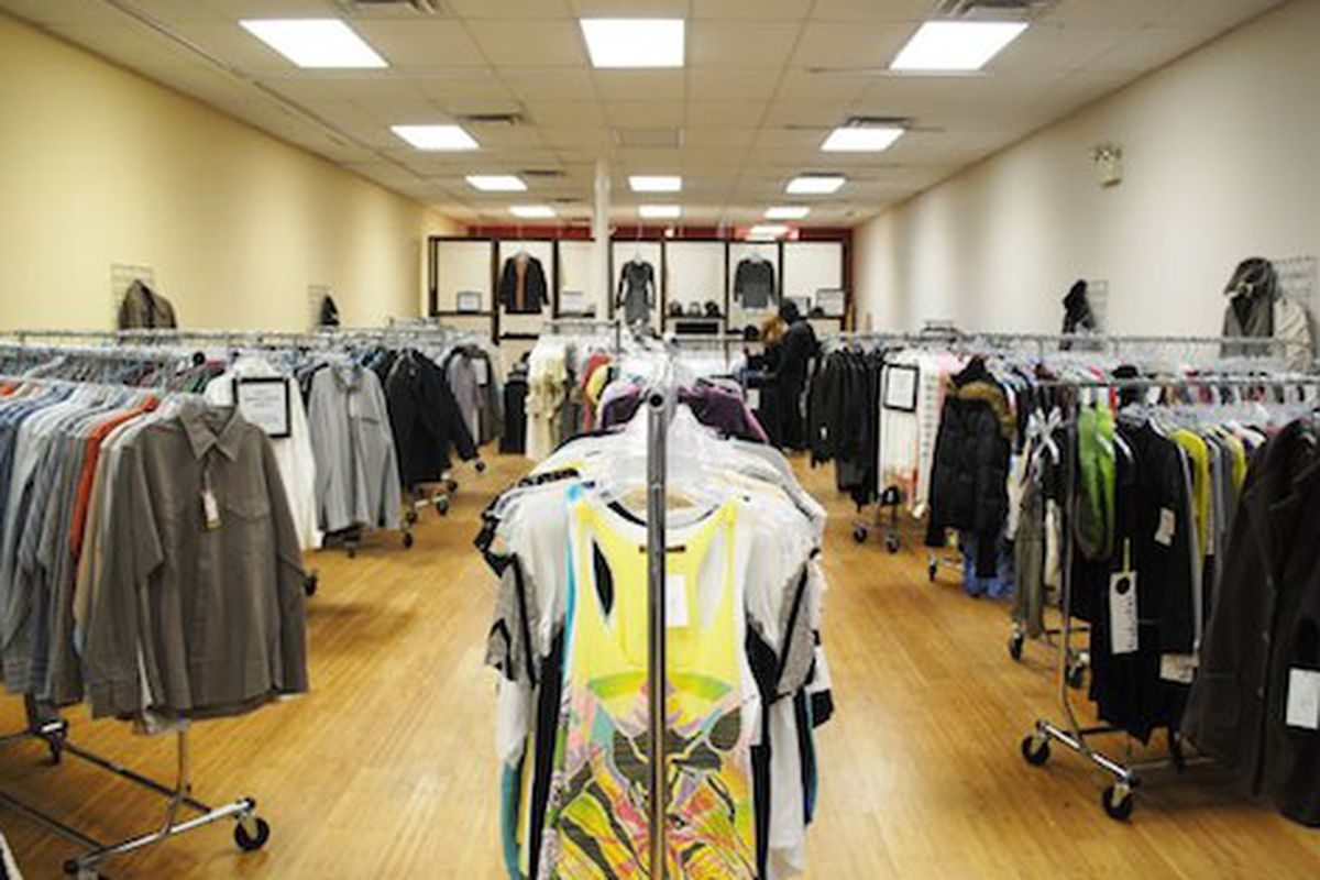 """Re.Stock's February pop-up, via <a href=""""http://styleadmirer.com/2010/02/a-new-way-to-boutique-shop-re-stock/"""">Style Admirer</a>"""