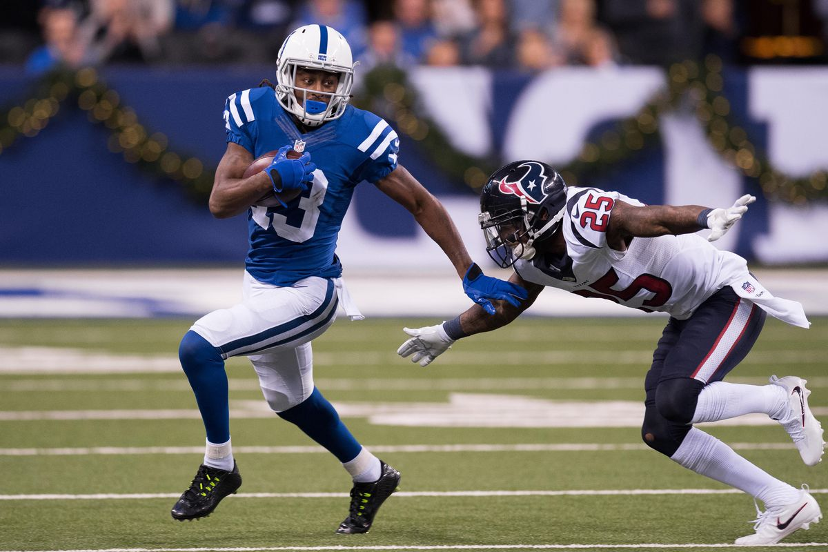 NFL: DEC 11 Texans at Colts