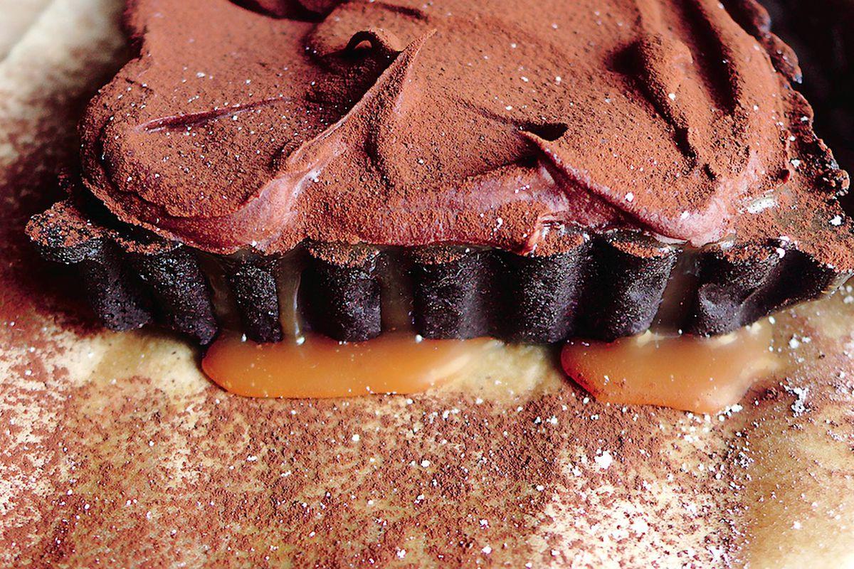 Recipe: Four-Layer Salted Chocolate Caramel Tart - Eater
