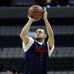 Gonzaga guard Nigel Williams-Goss shoots during practice Wednesday, March 22, 2017, in San Jose, Calif., in preparation for an NCAA Tournament college basketball regional semifinal game. Gonzaga plays West Virginia on Thursday. (AP Photo/Marcio Jose Sanchez)