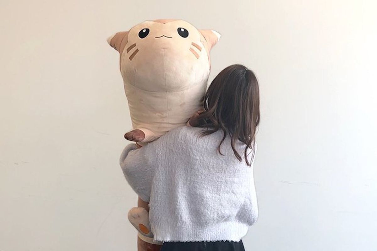 Life-size Furret plush reminds us that Pokémon are huge