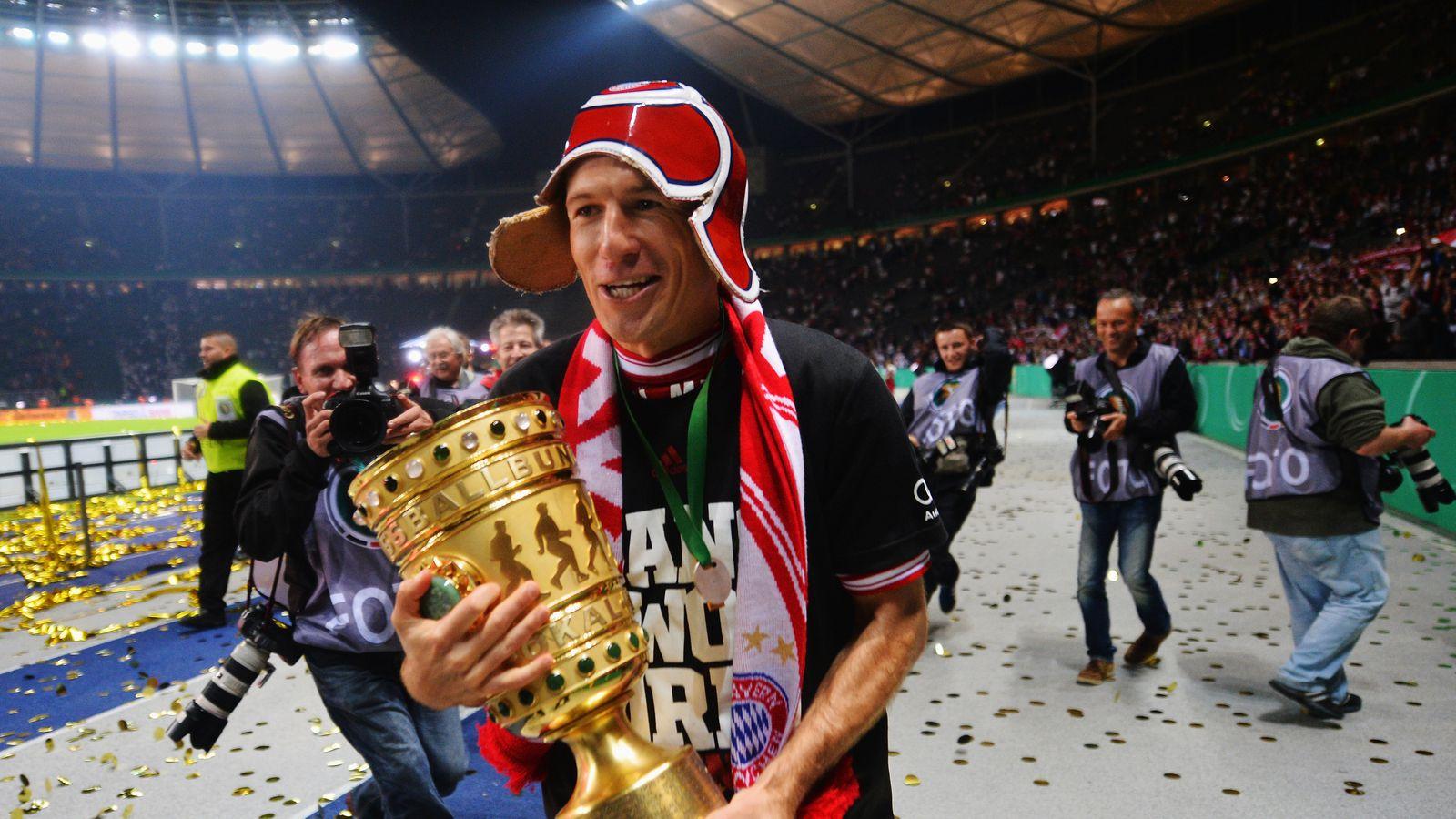 第一轮抽签,2013-2014 DFB Pokal:拜仁慕尼黑,多特蒙德,沙尔克吸引业余球队