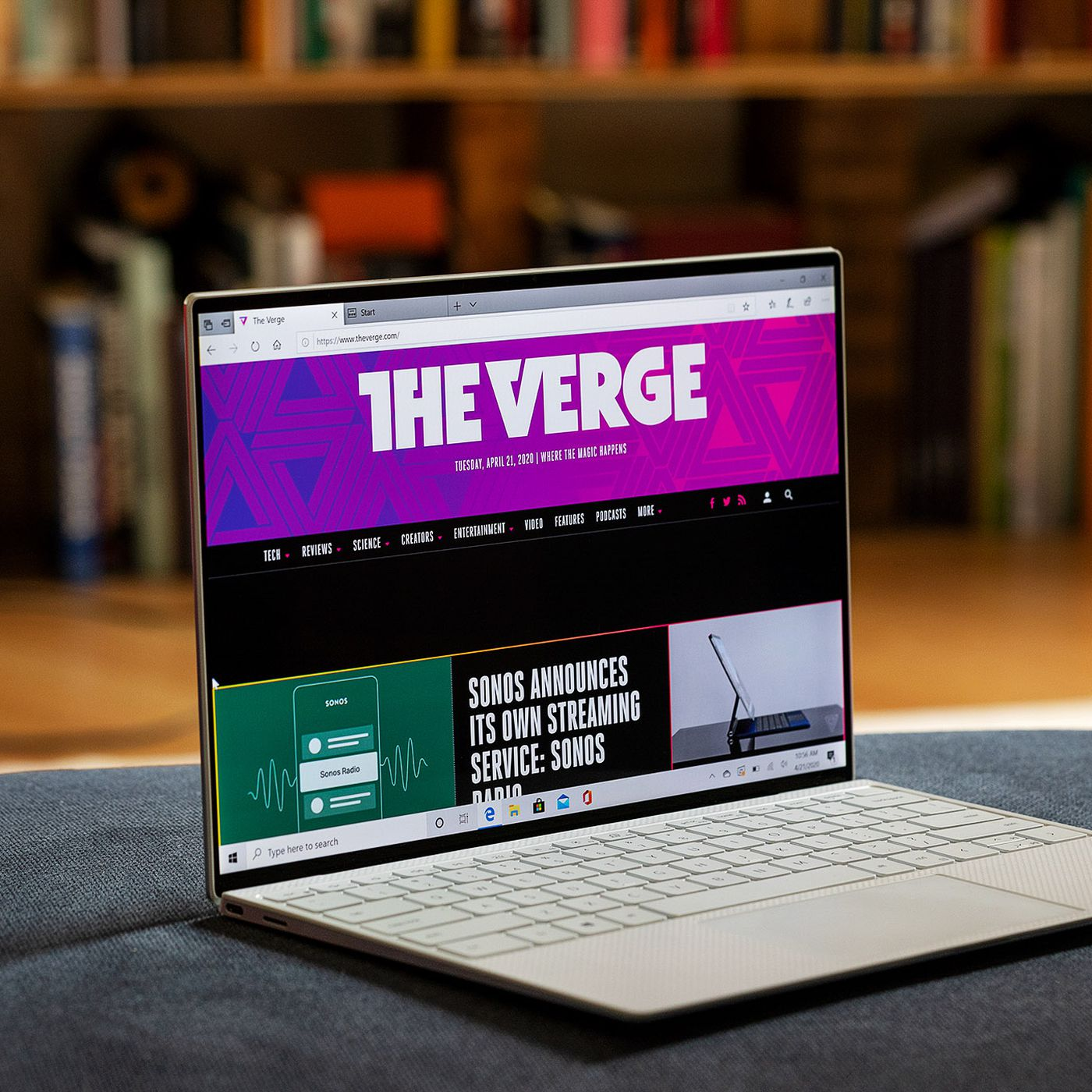 Dell Xps 13 2020 Review The Best Windows Laptop Gets Better The Verge