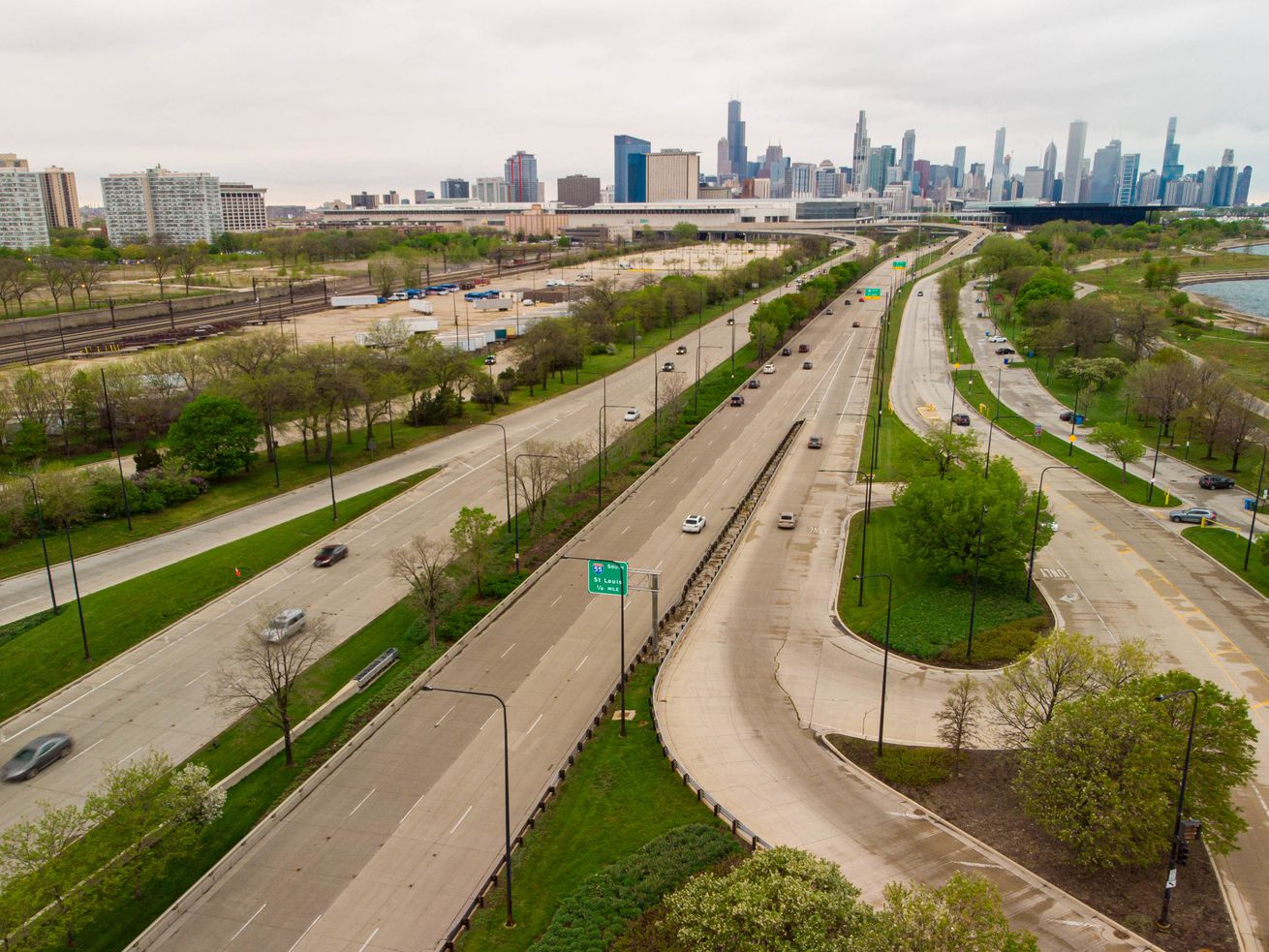 South Lake Shore Drive at East 31st Street, looking north.