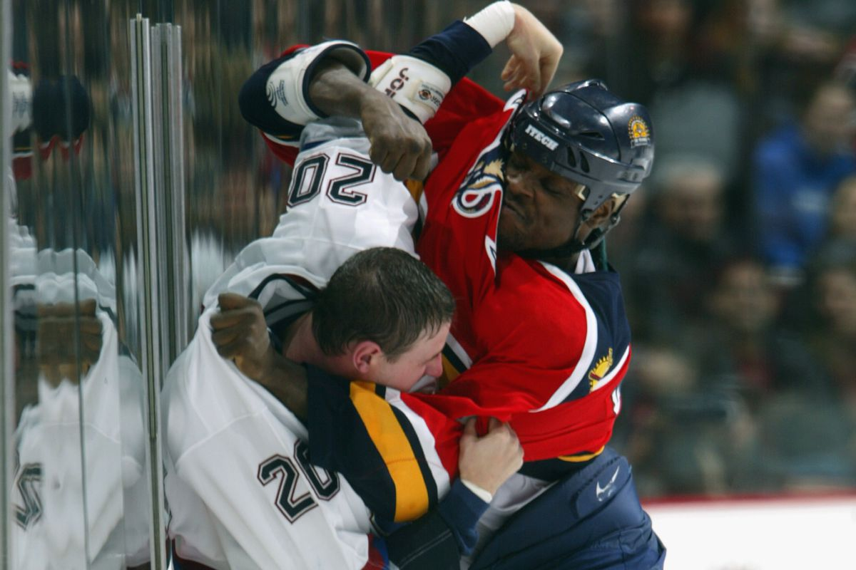 Langdon and Worrell fight