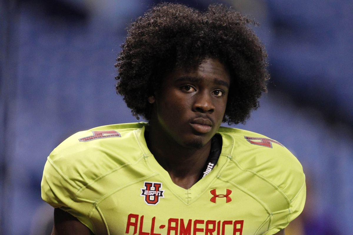 online retailer a5361 8cbb5 Five-Star Tony Brown Commits to the Alabama - Roll 'Bama Roll