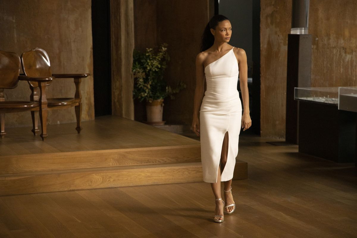 fashion Maeve in the real world in a real white dress in Westworld season 3