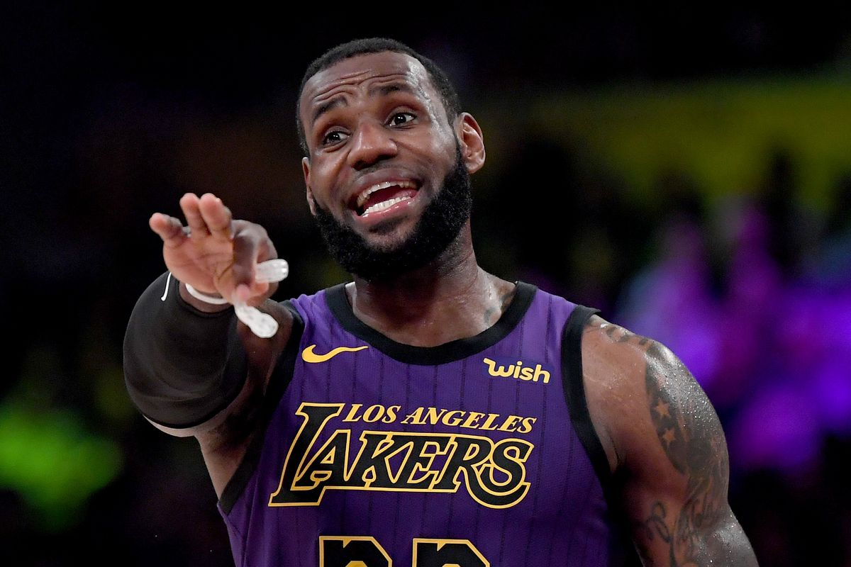 ca5462c409b LeBron James says Lakers shouldn t compare themselves to Warriors ...