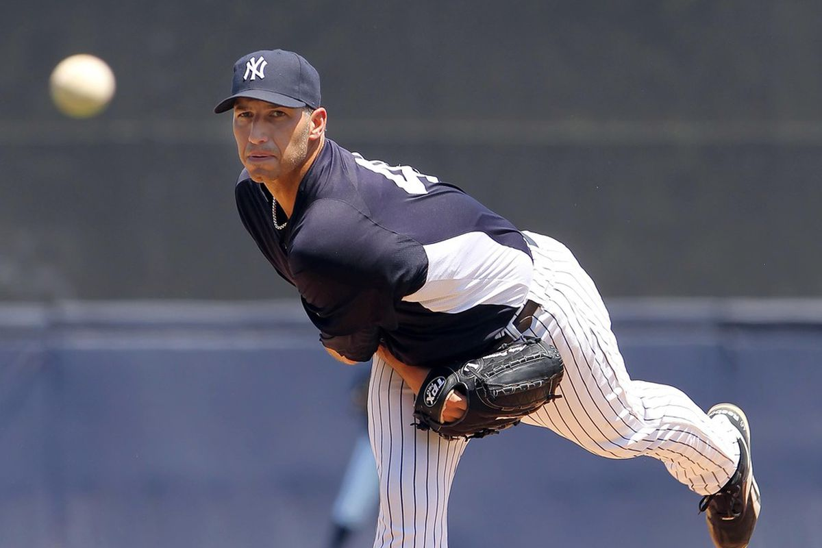 New York Yankees starting pitcher Andy Pettitte (46) throws a pitch in the sixth inning against the New York Mets at George M. Steinbrenner Field. Kim Klement-US PRESSWIRE