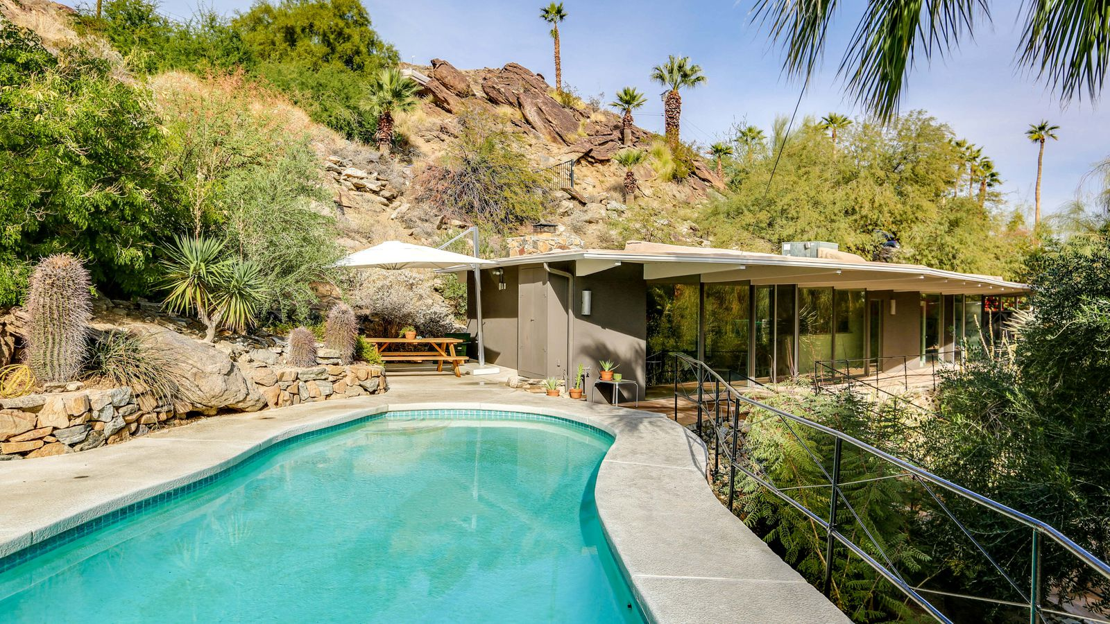 Zsa Zsa Gabor S Palm Springs Midcentury Is On The Market