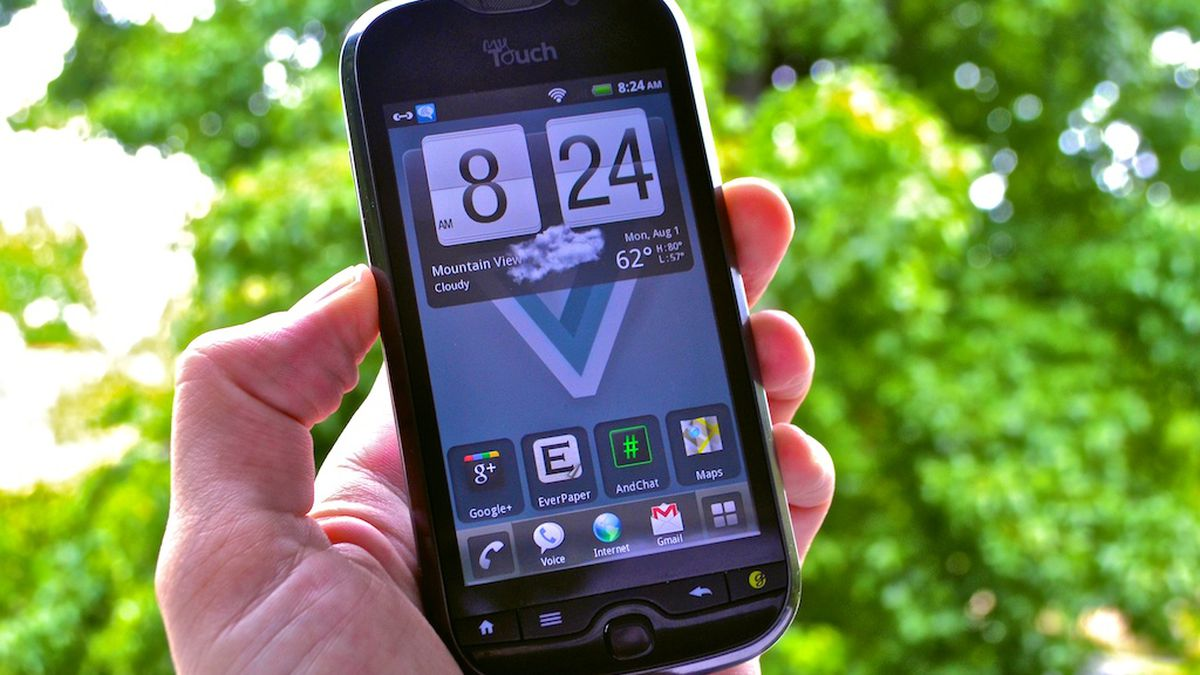 Image result for In the year 2011 smart phones have got best features with 4G services and voice recognition.