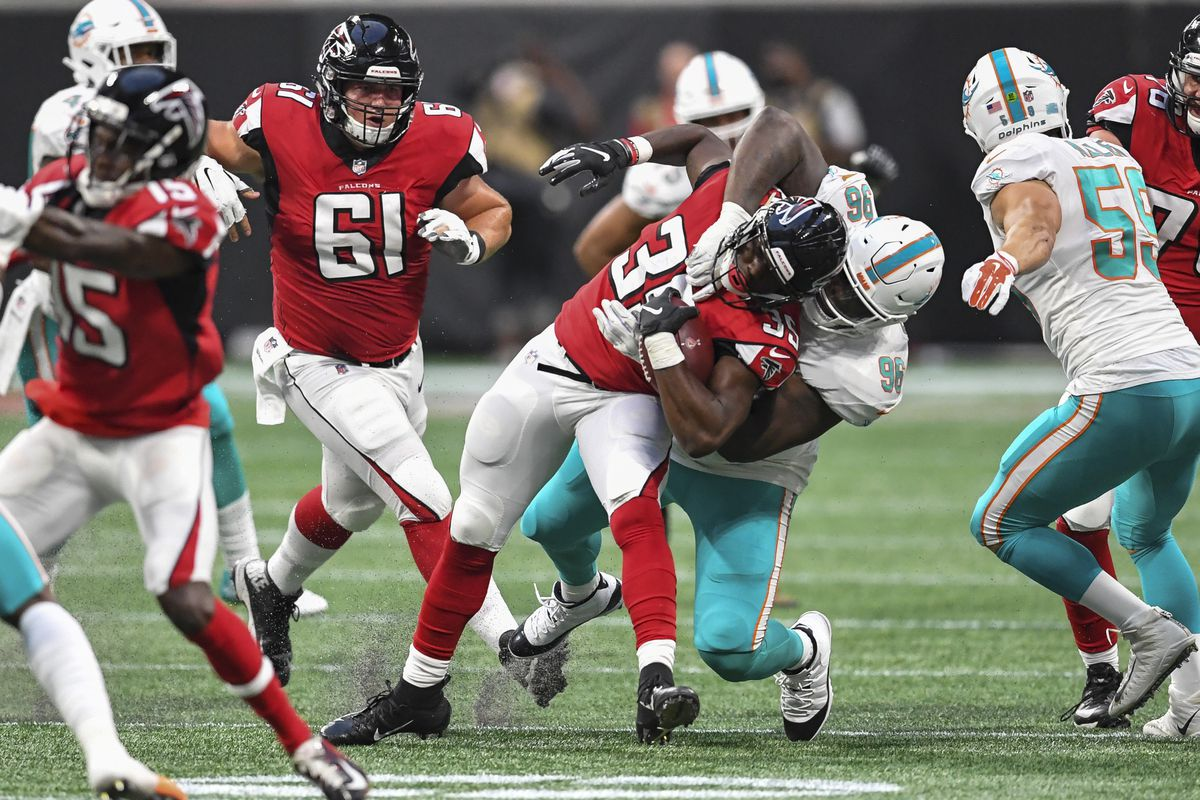 4a7993cc Falcons 27 - Dolphins 34 final score, key updates, and quarter-by ...