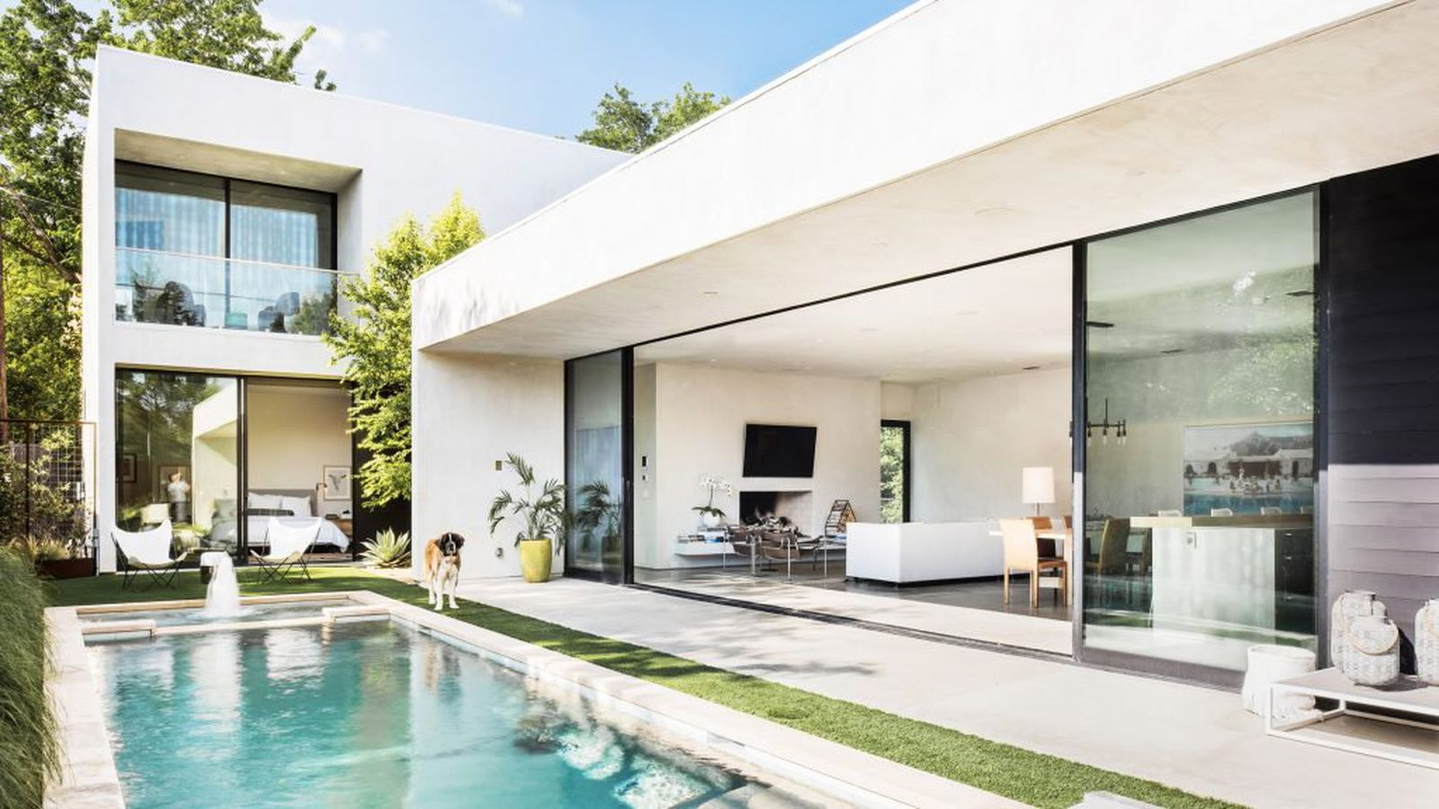 Sleek modern home is an indoor outdoor dream in dallas curbed Sleek homes that are unapologetically modern