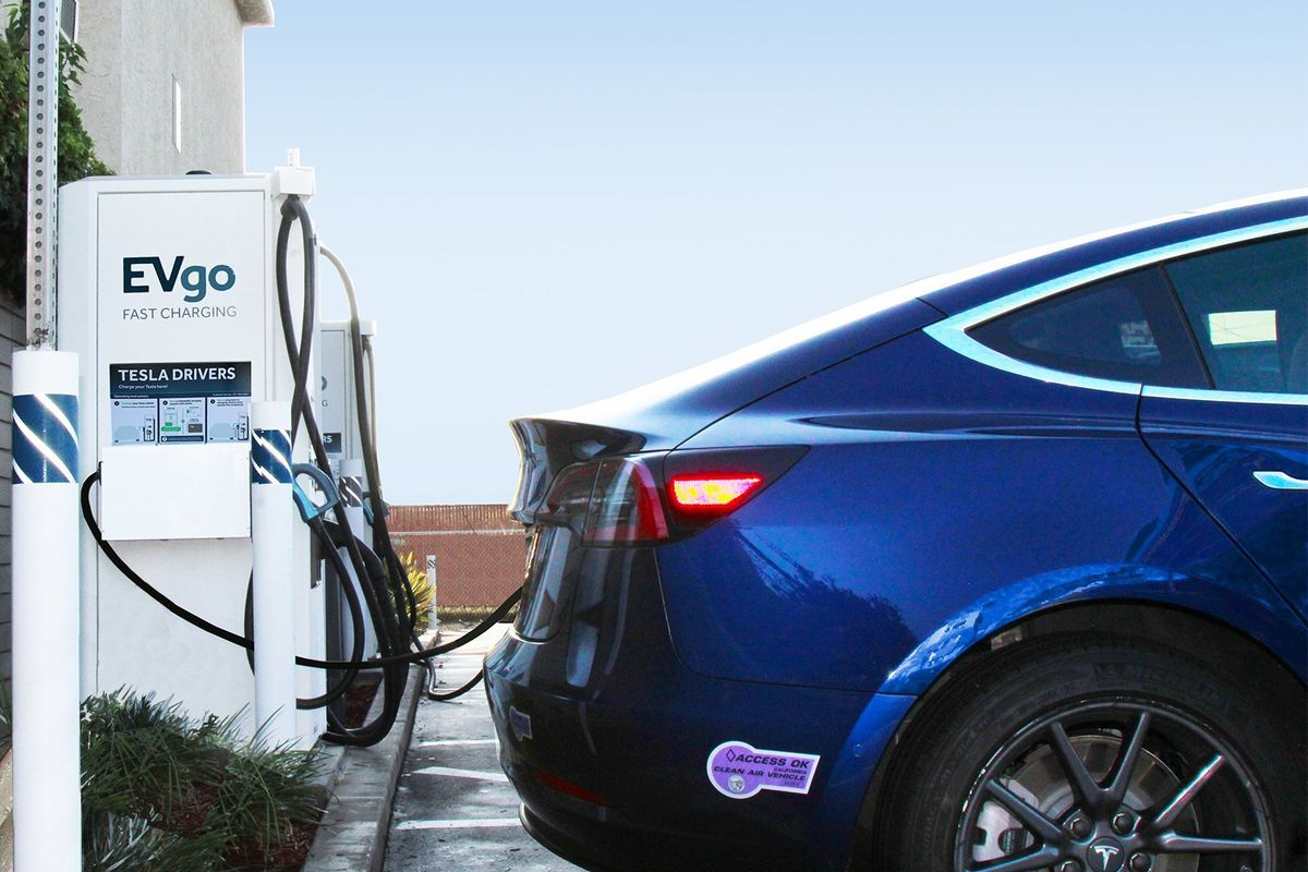 Evgo Charging Stations >> Tesla Vehicles Can Soon Be Charged At Evgo Charging Stations