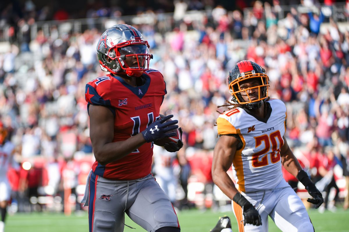Houston Roughnecks wide receiver Cam Phillips hauls in a first half touchdown reception as LA Wildcats cornerback Jaylen Dunlap defends during the XFL football game between the Los Angeles Wildcats and Houston Roughnecks at TDECU Stadium on February 8, 2020 in Houston, TX.