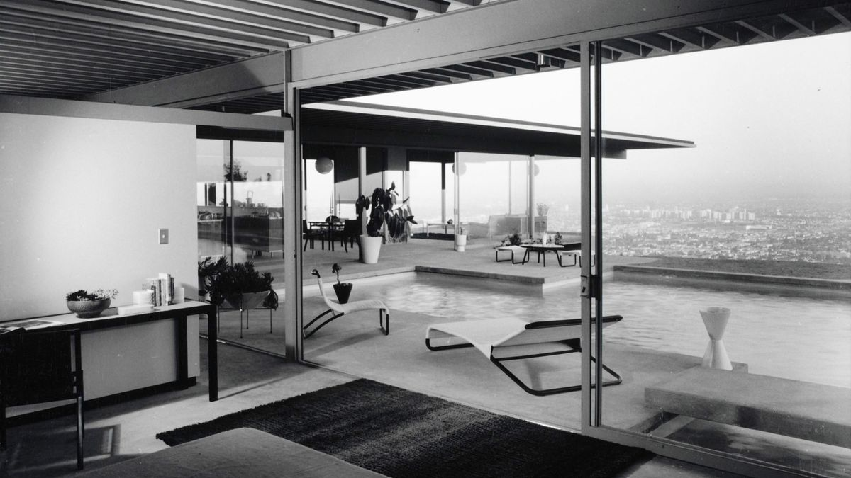 Creating The Iconic Stahl House Curbed - Stahl-house-a-modern-residence-in-los-angeles
