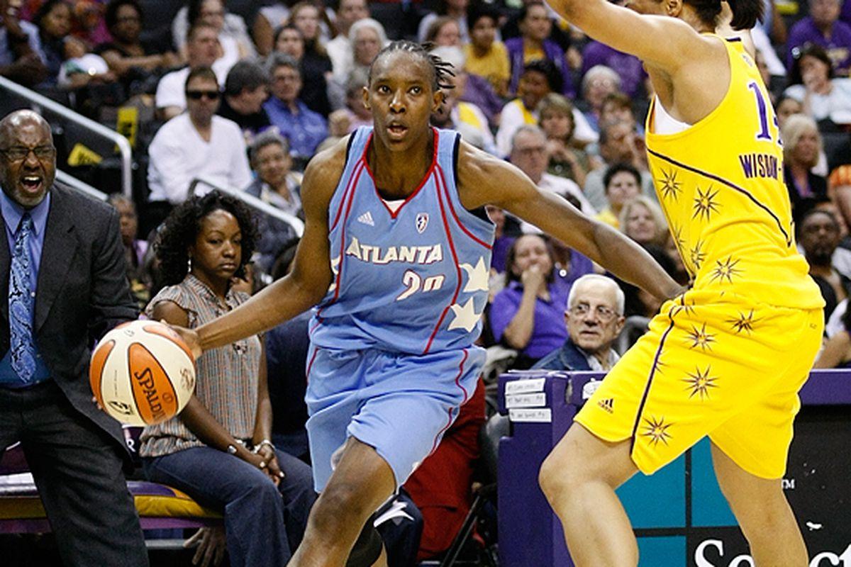"<em>Photo via<a href=""http://www.photoshelter.com/c/112575/gallery/2010-WNBA-Basketball-Los-Angeles-Sparks-vs-Atlanta-Dream-May-30-2010/G0000Ebs9KkYjZUU"" target=""new""> Craig Bennett/112575 Media</a></em>"