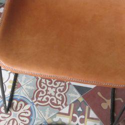 An orange chair.