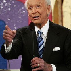 """FILE - In this June 6, 2007 file photo shows game show host Bob Barker gesturing during the taping of his final episode of """"The Price Is Right"""" in Los Angeles. The 40th anniversary special of the popular daytime game show aired Tuesday, Sept. 4, 2012 on CBS."""