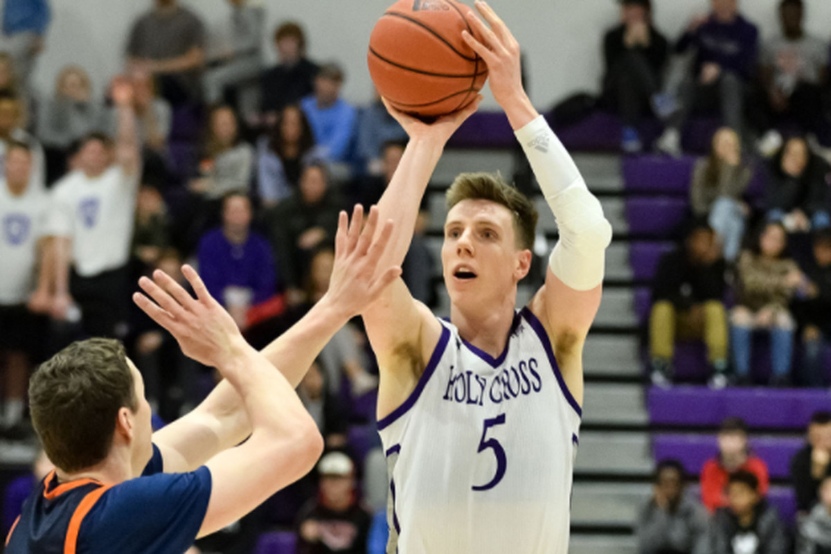 Connor Niego playing for Holy Cross.