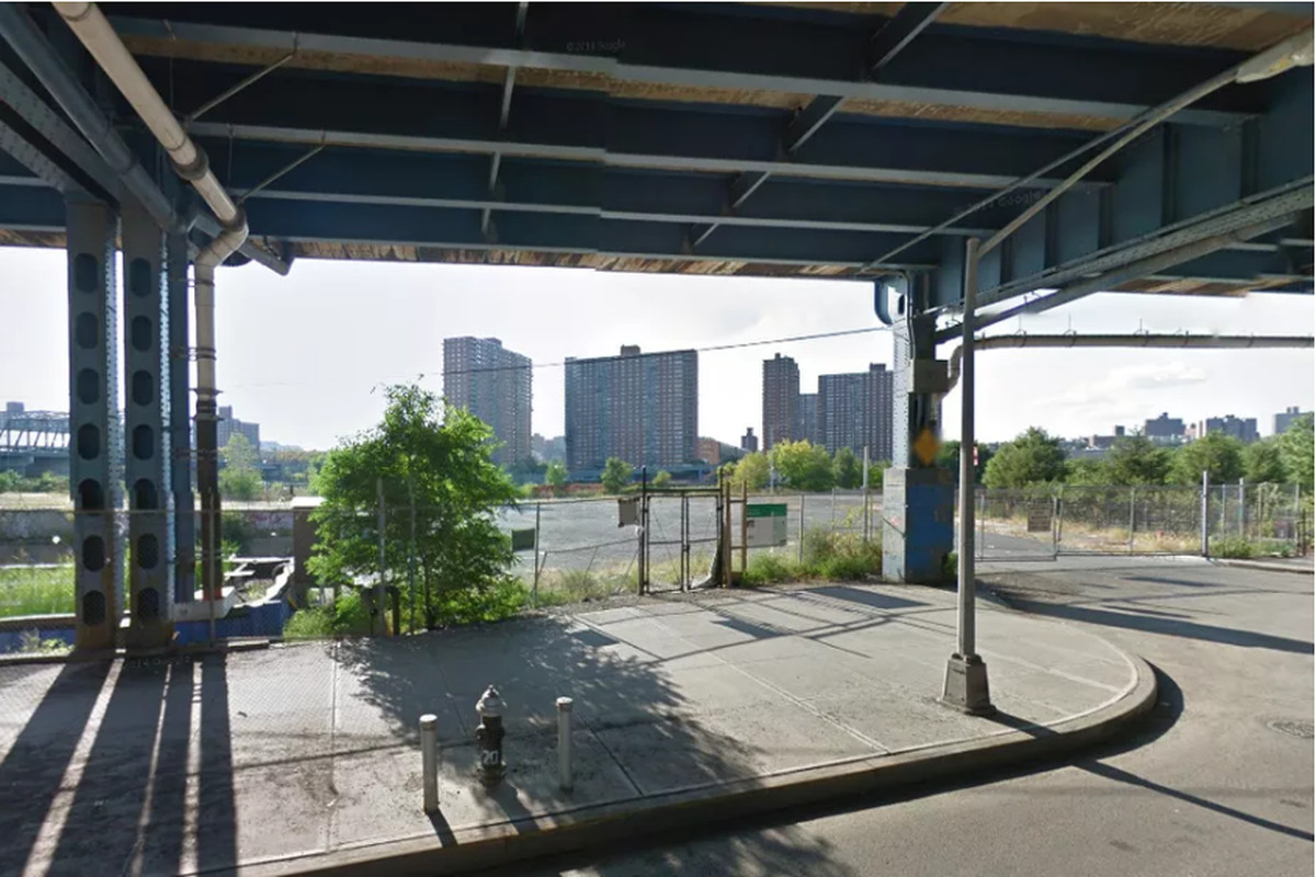 Plan To Create 1 000 Bronx Apartments Near Yankee Stadium Moves