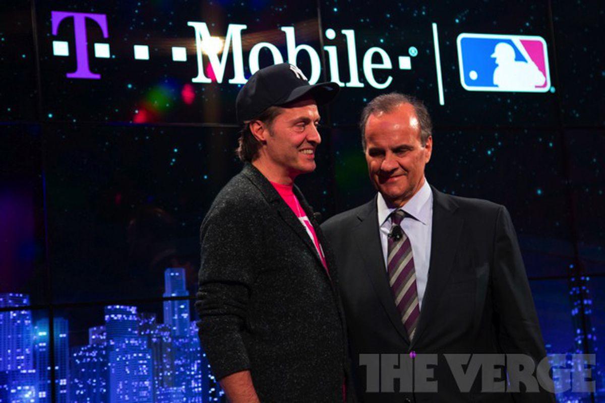 Joe Torre T-Mobile MLB