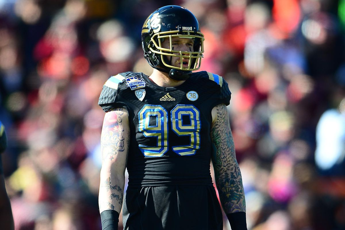 Cassius Marsh had a big performance at UCLA Pro Day - on both sides of the ball.