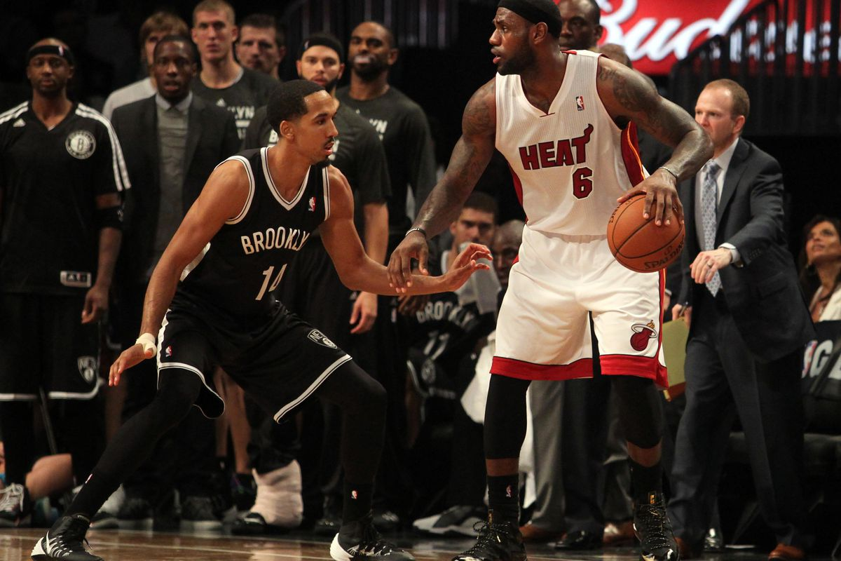 Shaun Livingston has earned praise for the work he did guarding LeBron James during the 2014 NBA Playoffs.