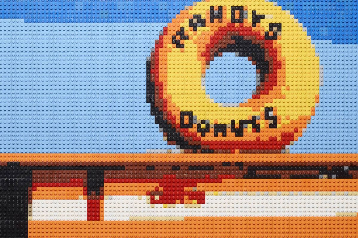 Randy's Donuts in LEGO form